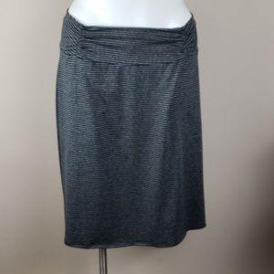 Tranquility Gray and Black Skirt Sz XXL